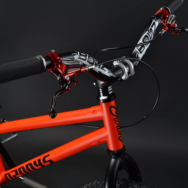 Bici da street trial Ozonys Crown 24 con freni Hope Tech 3