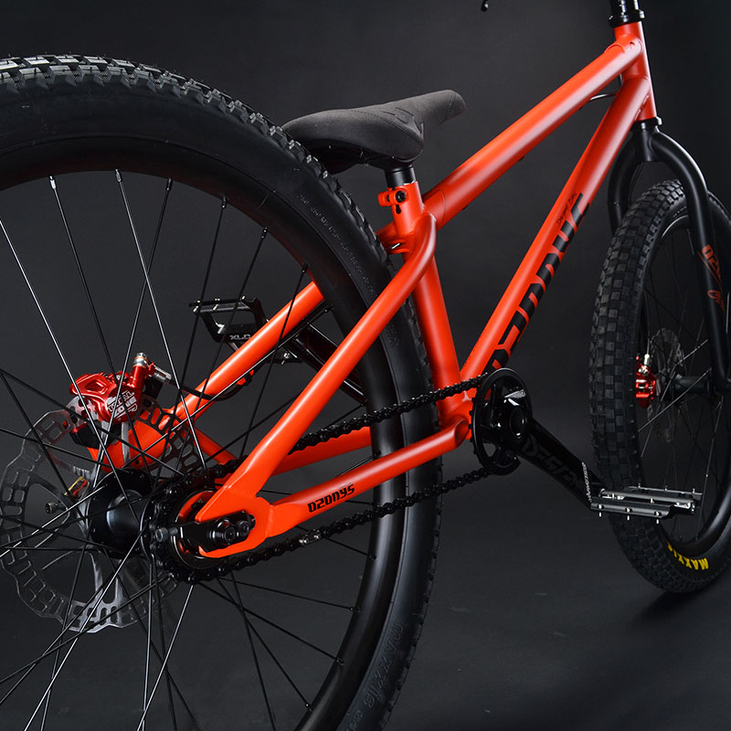 Ozonys Crown 24 bici da street trial alta versione con pedivelle Truvativ